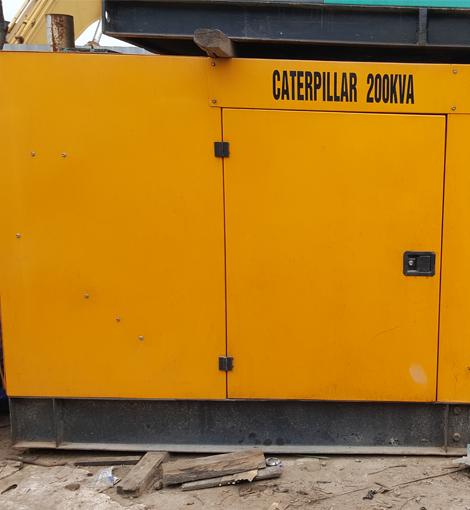 Máy phát điện 200kVA hiệu CATERPILLAR