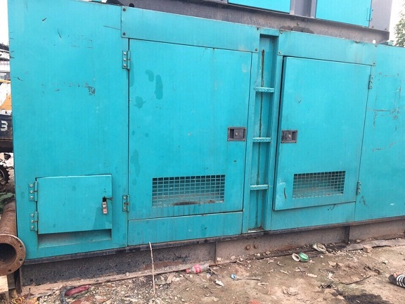 Máy phát điện 400kVA hiệu KOMATSU